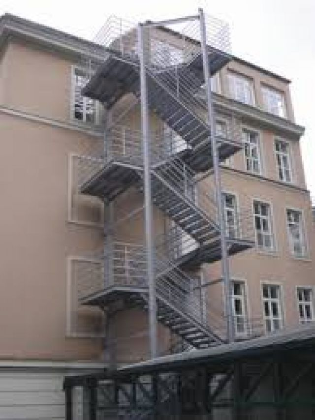Z yangın merdiveni